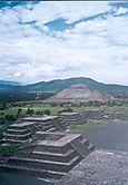 H_teotihuacan_piramide_del_sol_2_1